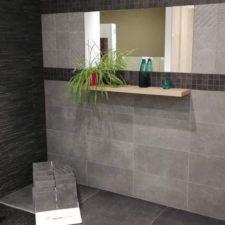 Carrelage gris - Showroom à Arlon